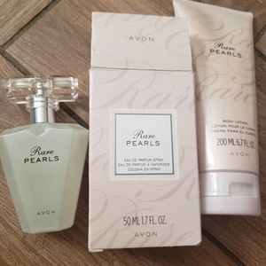 Avon Rare Pearls Set